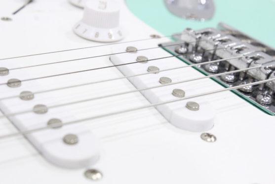 楽器クリーニング、エレキギター2